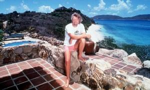 Richard Branson en 1996 en Necker Island, su casa privada en el Caribe, que prometió hipotecar para salvar la mayor cantidad de empleos posible