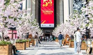Shanghai organizará un festival de compras de un mes para aumentar el consumo luego de la epidemia de coronavirus.