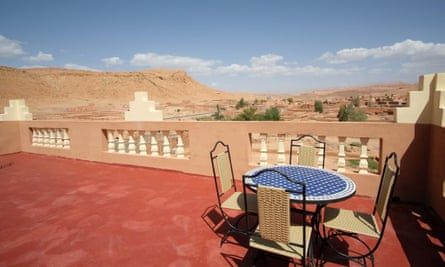 terraza con vista al riad tigmi