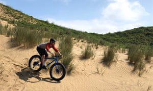 Fat Bike en las dunas, Bridgend