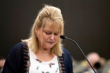 Elizabeth Hupp, hija de Claude Snelling, habla en el tercer día de declaraciones sobre el impacto de las víctimas.