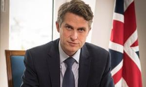 Secretario de Educación Gavin Williamson.