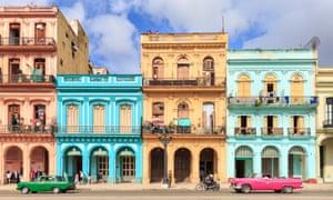 A Leal se le atribuye la restauración del corazón histórico de La Habana Vieja.