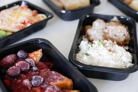 Un primer plano de los alimentos congelados de Gate Gourmet