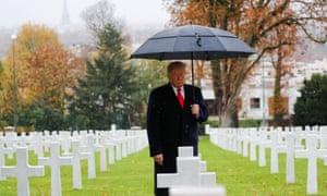 Donald Trump participa en la ceremonia de conmemoración del Día del Armisticio, 100 años después del final de la Primera Guerra Mundial en París, Francia, el 11 de noviembre de 2018.