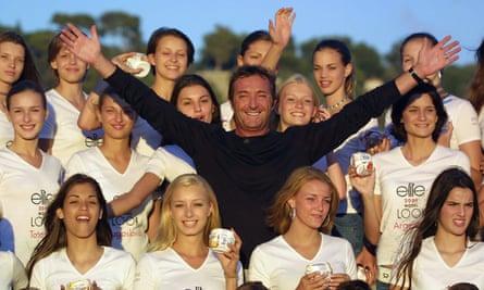 Gérald Marie con los candidatos de Elite Model Look en Niza en 2001.