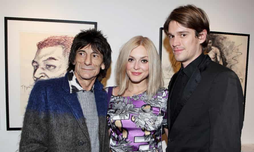 Fearne Cotton con su esposo Jesse Wood y su padrastro Ronnie