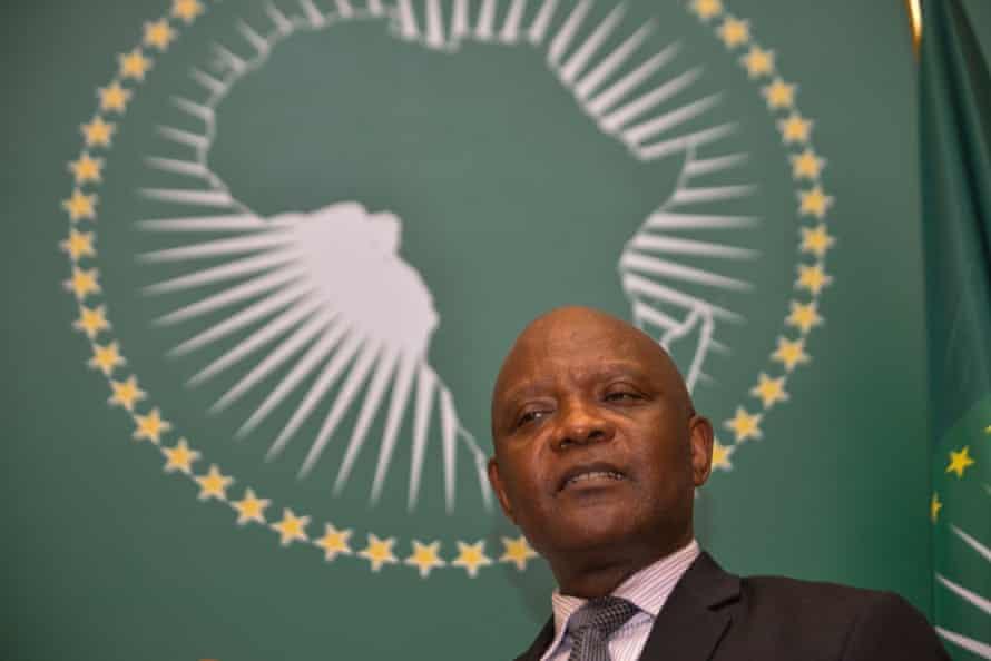 John Nkengasong, director de los Centros Africanos para el Control y la Prevención de Enfermedades, espera que el 60% de los africanos estén vacantes para fines de 2022.