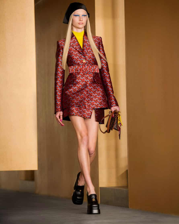 Modelo de Versace