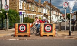 Una carretera en Londres cerrada al tráfico de automóviles