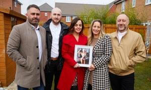 Familia de Amy-Leanne Stringfellow
