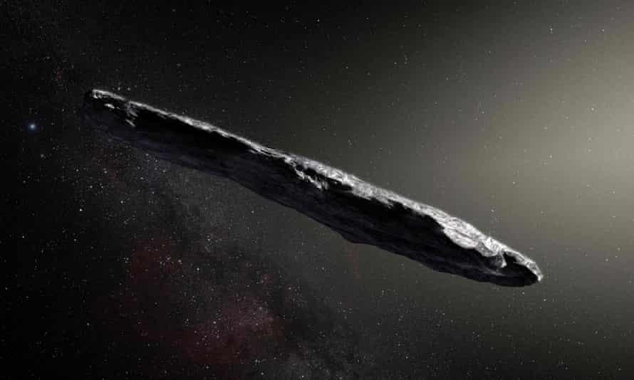 Una ilustración de Oumuamua publicada después de su descubrimiento en 2017.