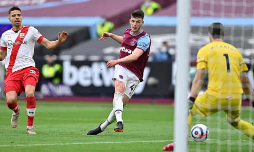 El Chelsea está ansioso por pasar a Declan Rice, quien se ha convertido en una figura clave del mediocampo para West Ham e Inglaterra.