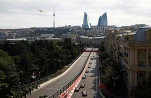 Una vista de pájaro del circuito urbano de Bakú.
