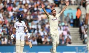 Chris Woakes de Inglaterra apela con éxito por el wicket de Ajinkya Rahane