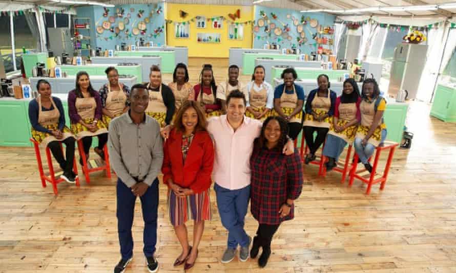Jueces y concursantes de la versión keniana del programa, que se ha estado ejecutando desde 2019.