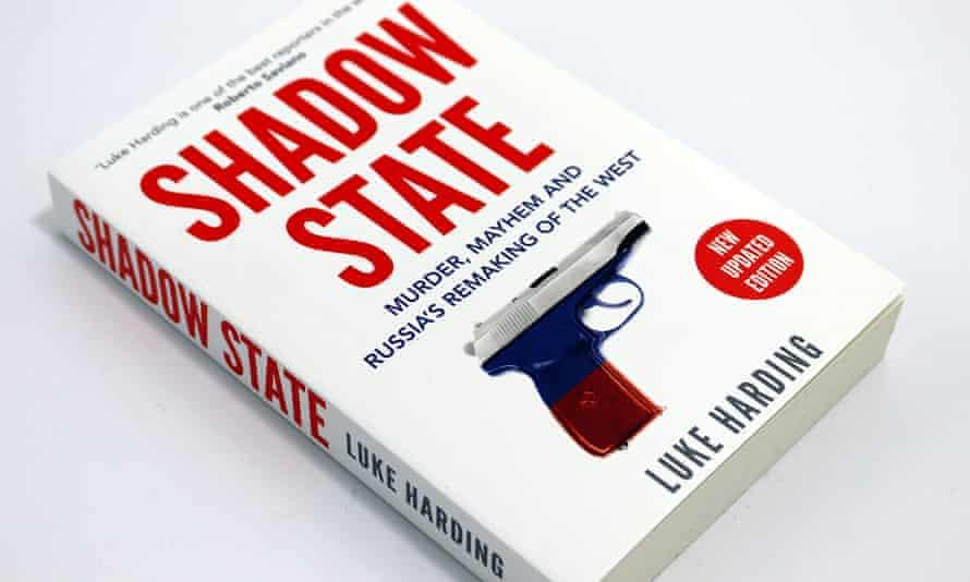 Estado de sombra de Luke Harding.