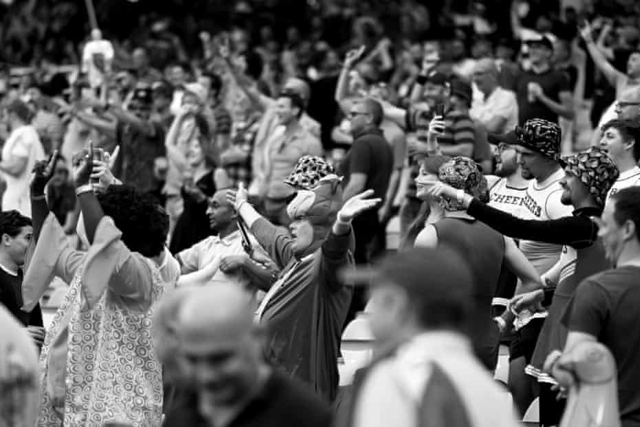 Los fanáticos disfrutan del Día de las Finales en Edgbaston.