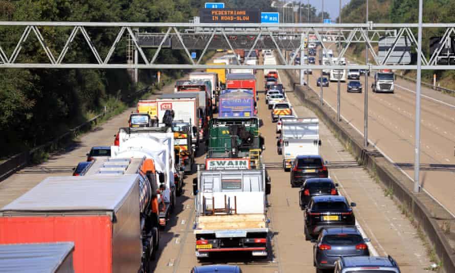 Atasco de tráfico en la M25