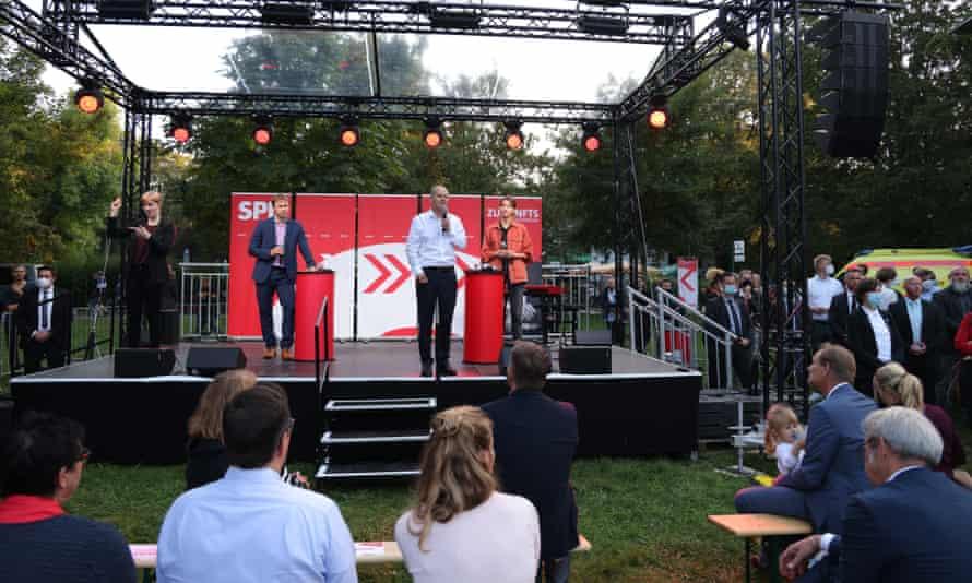 Scholz habla en un mitin de campaña en Leipzig.